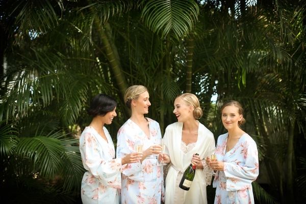 eatsleepwear, kimberly pesch, Wedding, Alison Conklin, Maui, Hawaii, Olowalu Plantation House, Vera Wang, Valentino, J.crew, Rory Beca, BHLDN