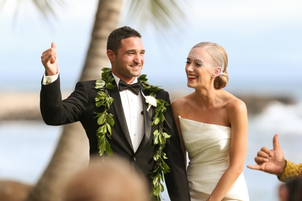 eatsleepwear, Kimberly Lapides, Kimberly Pesch, Wedding, Beach Wedding, Wedding Ceremony, Palm Trees, Alison Conklin, Maui, Hawaii, Olowalu Plantation House, Vera Wang