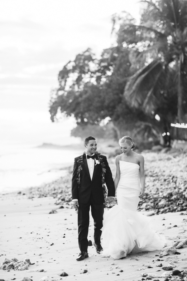 EatSleepWear, Wedding, Beach Wedding, Reception, Alison Conklin, Maui, Hawaii, Olowalu Plantation House, Vera Wang, Kimberly Pesch, Kimberly Lapides, Beach Wedding