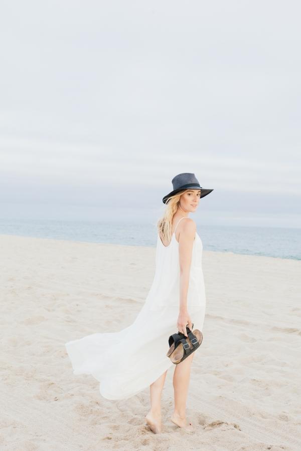 eatsleepwear, outfit, elizabeth and james, birkenstock, Glady Tamez, Beach, Kimberly Lapides