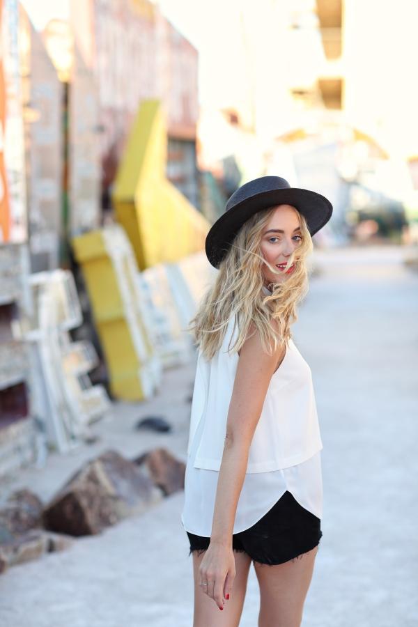 eatsleepwear-Travel-LasVegas-AlisonConklin-NeonMuseum-KimberlyLapides-1