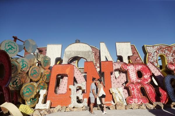 eatsleepwear-Travel-LasVegas-AlisonConklin-NeonMuseum-KimberlyLapides-23