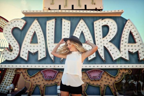eatsleepwear-Travel-LasVegas-AlisonConklin-NeonMuseum-KimberlyLapides-3