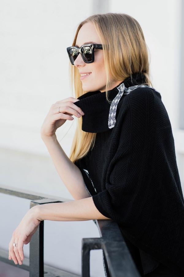 eatsleepwear, kimberly lapides, outfit, white house black market, whbm, holiday, poncho