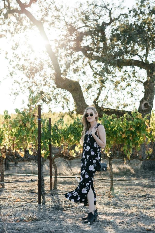 eatsleepwear, Kimberly Lapides, OUTFIT, Santa Barbara, Equipment, Chanel, Sigerson Morrison, Ray-ban, Winery