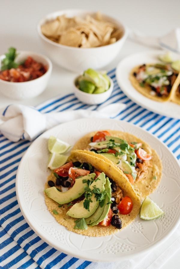 eatsleepwear, Kimberly Lapides, FOOD, Recipe, InstantPot, Chicken, Shredded Chicken Tacos, Salsa Chicken, Mexican, Dinner