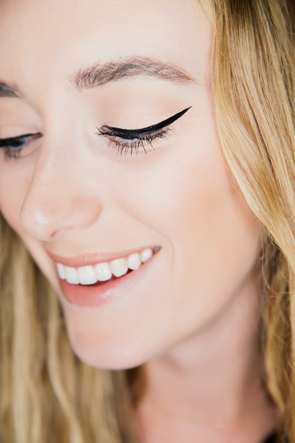 eatsleepwear, Kimberly Lapides, BEAUTY, Makeup, Tutorial, Cat Eye, Cat Eye Liner, Eye Makeup