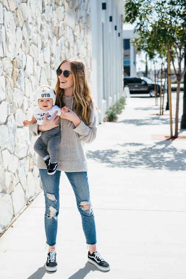 eatsleepwear, Kimberly Lapides, OUTFIT, Otis, Family, Vans, 360 cashmere, jbrand, rayban, hand m