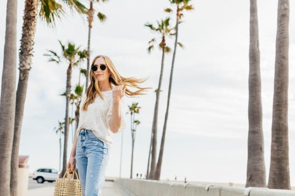eatsleepwear, Kimberly Lapides, OUTFIT, ZARA, Frame, rayban, Veja, newport beach