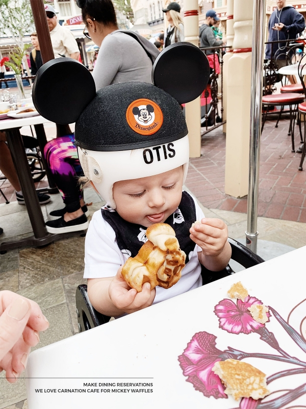 Tips for visiting Disneyland with a newborn baby and 1 year old baby eatsleepwear kimberly lapides carnation cafe, mickey waffles