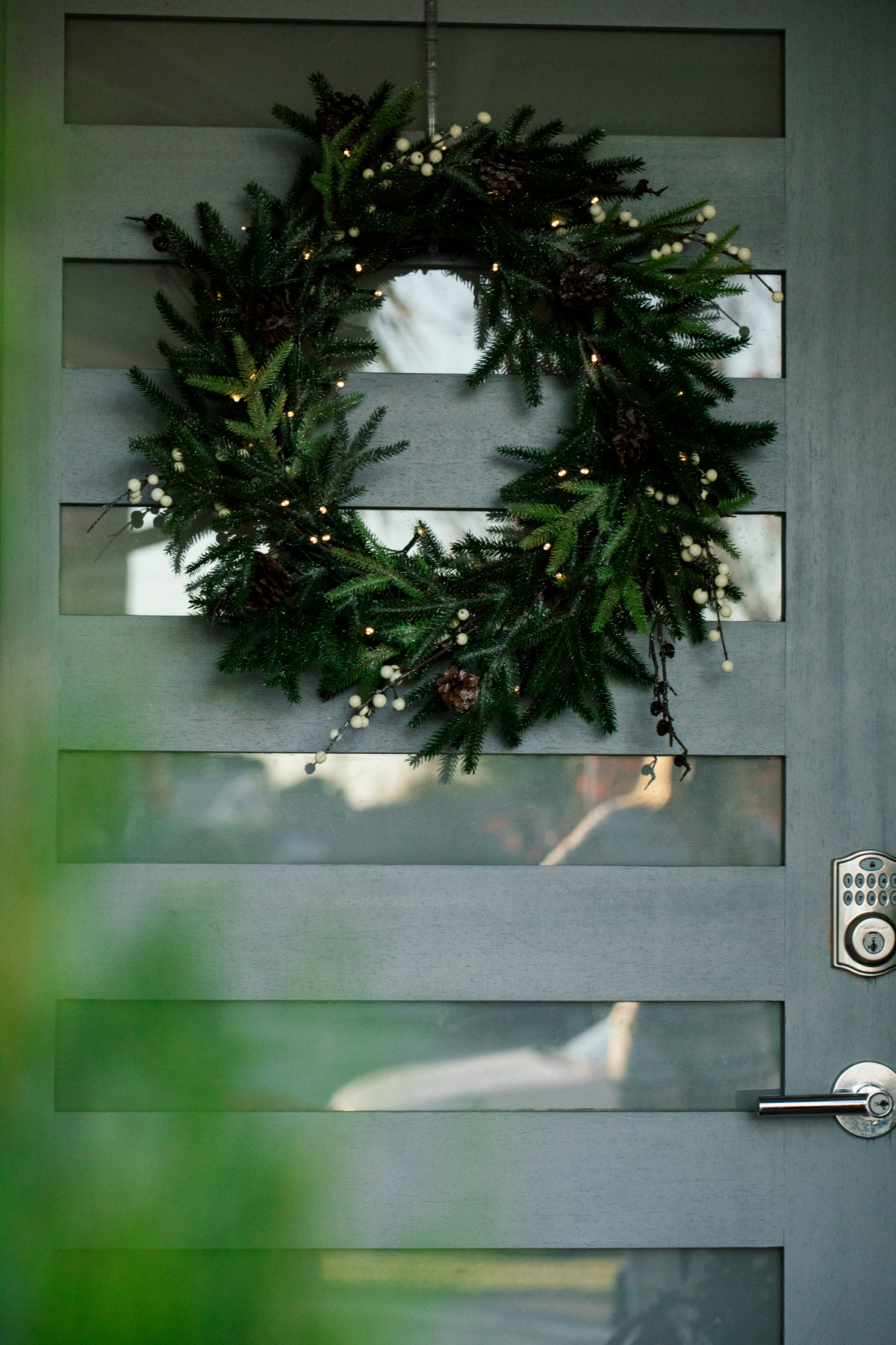 Outside Holiday Decor of wreath on front door